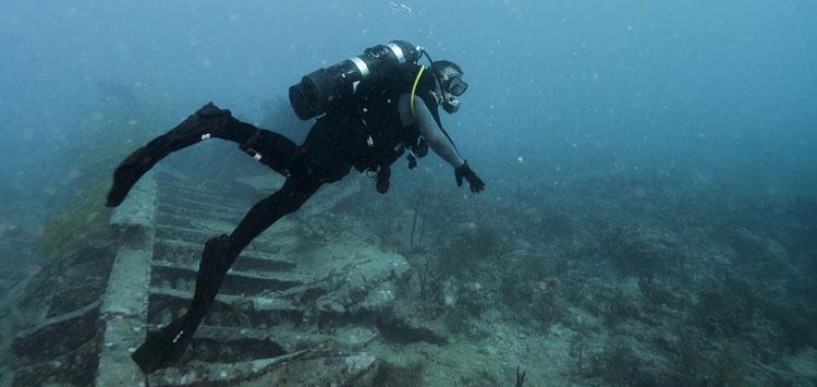 Swim Slowly When You Scuba Dive
