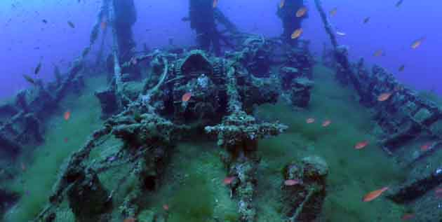 A scuba divers playground, the Kent wreck