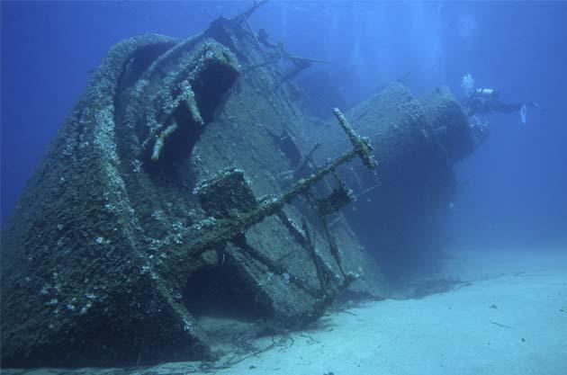 scuba dive wreck