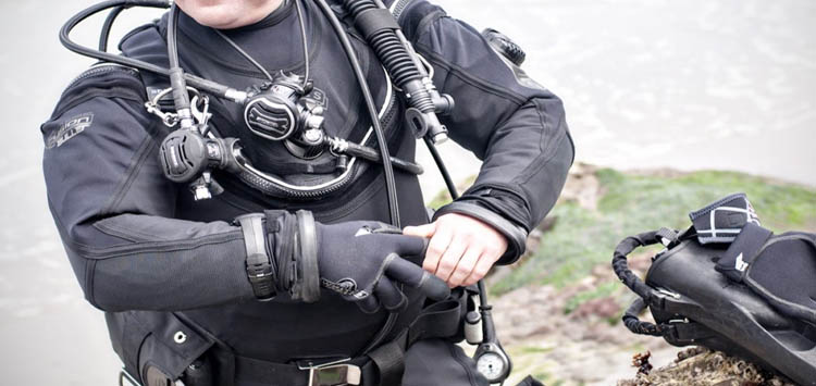 Taking off your Drysuit