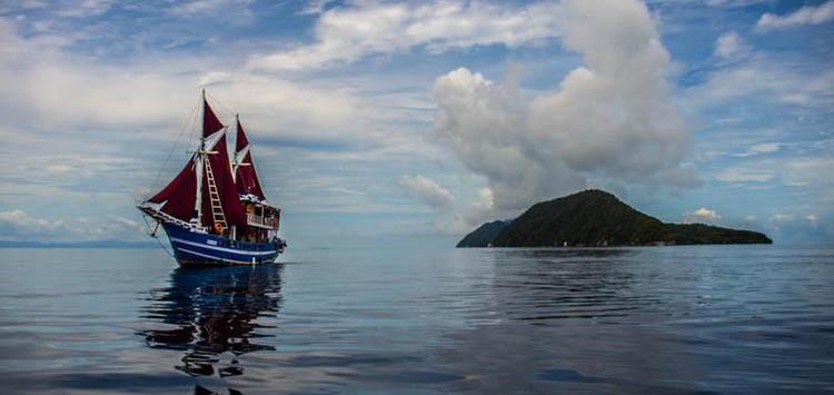 Ratu Laut Raja Liveabord Indonesia