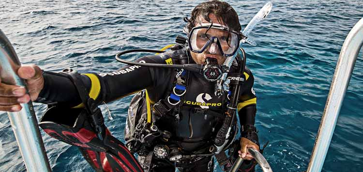 Different Types of Diving Wetsuits